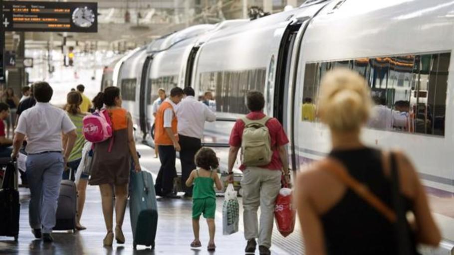 Fomento resucita el plan de llevar el AVE al aeropuerto de Barajas
