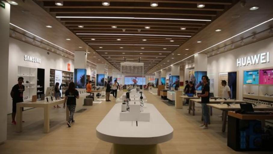 Dentro de la primera tienda física de AliExpress en Europa