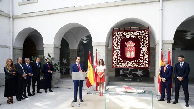 Ignacio Aguado, vicepresidente madrileño, en la toma de posesión de Lara y Núñez