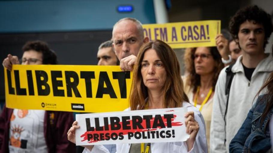 La salida de los presos del procés, un arma política de destrucción electoral de Sánchez en manos de Torra