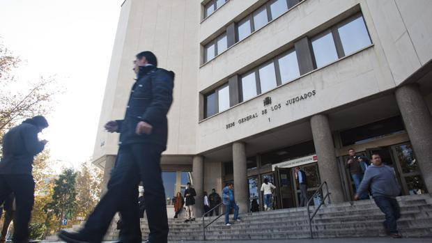 Ultimátum de los jueces: o les ponen protección o dejan hasta los servicios mínimos