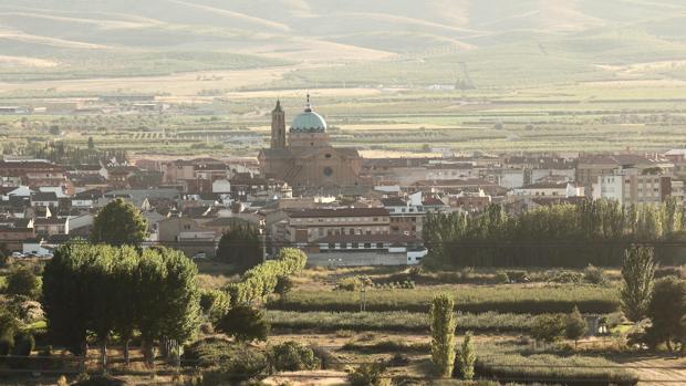 Pueblos de España que merecen ser visitados - Página 4 Aragon_laalmunia-kFXC--620x349@abc