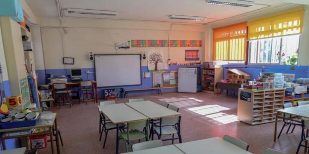 Escudero no se plantea, a día de hoy, un inicio escolar presencial al cien por cien en Madrid