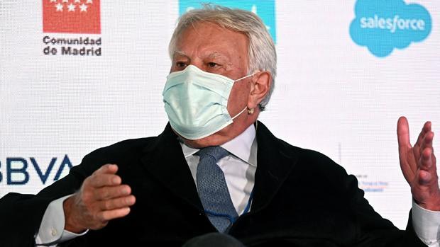 Felipe González critica que Sánchez delegue el estado de alarma en las...