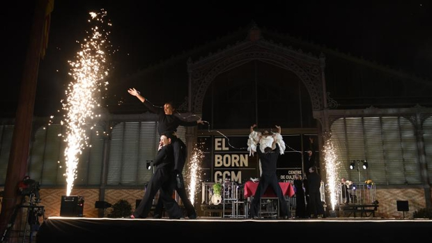 Barcelona ya respira a Navidad, pese al Covid