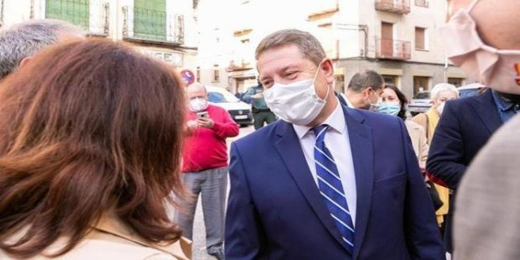 García-Page, tras su convalecencia: «Tras sobredosis de sofá, seguiré dando guerra»