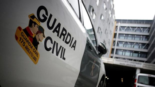 Un detenido tras la aparición de un cadáver con heridas de arma blanca en un hostal de Mondariz