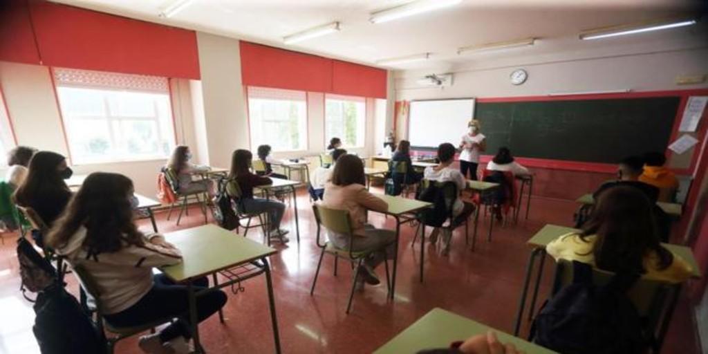 Galicia elabora un protocolo para empezar la «transición» en las aulas el próximo curso
