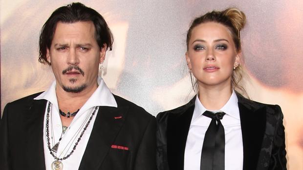 Johnny Deep y Amber Heard han firmado el divorcio