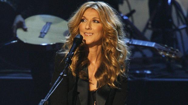Celine Dion durante una presentación en Los Ángeles