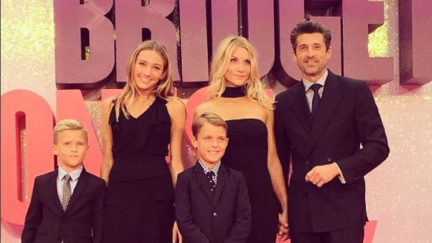 Patrick Dempsey y Jillian Fink, junto a sus hijos