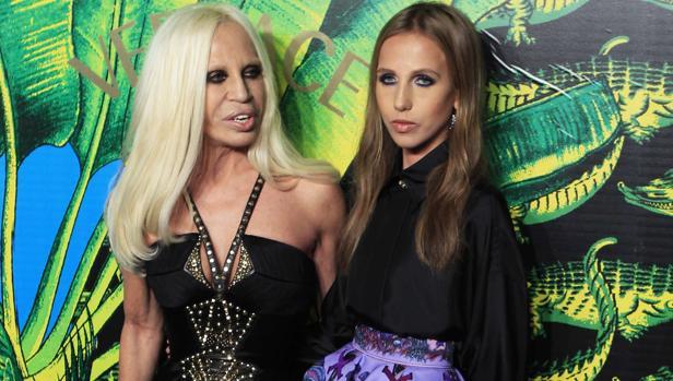 Donatella Versace junto a su hija, Allegra