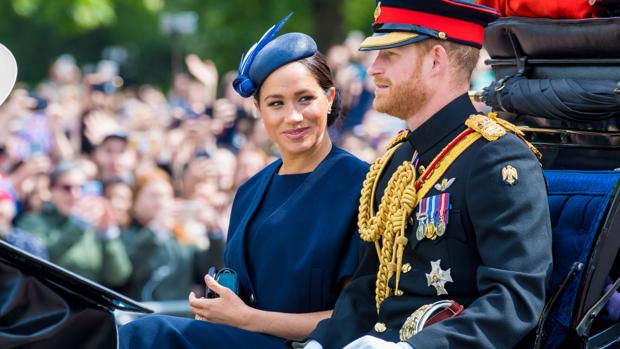 Meghan Markle y el Príncipe Harry en el «Trooping the colour»
