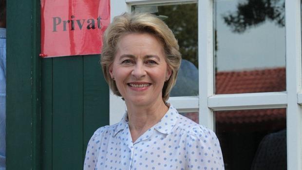 Ursula von der Leyen en la competición de caballos que sus padres patrocinan cada dos años en Bexter Hof