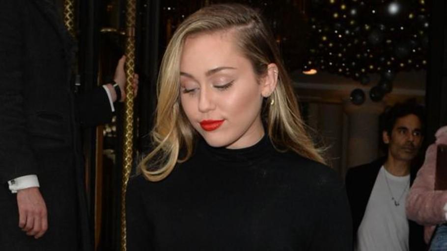 Miley Cyrus rompe su silencio para contar su verdad sobre el divorcio con Liam Hemsworth