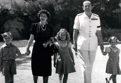 La Familia Real griega en 19474