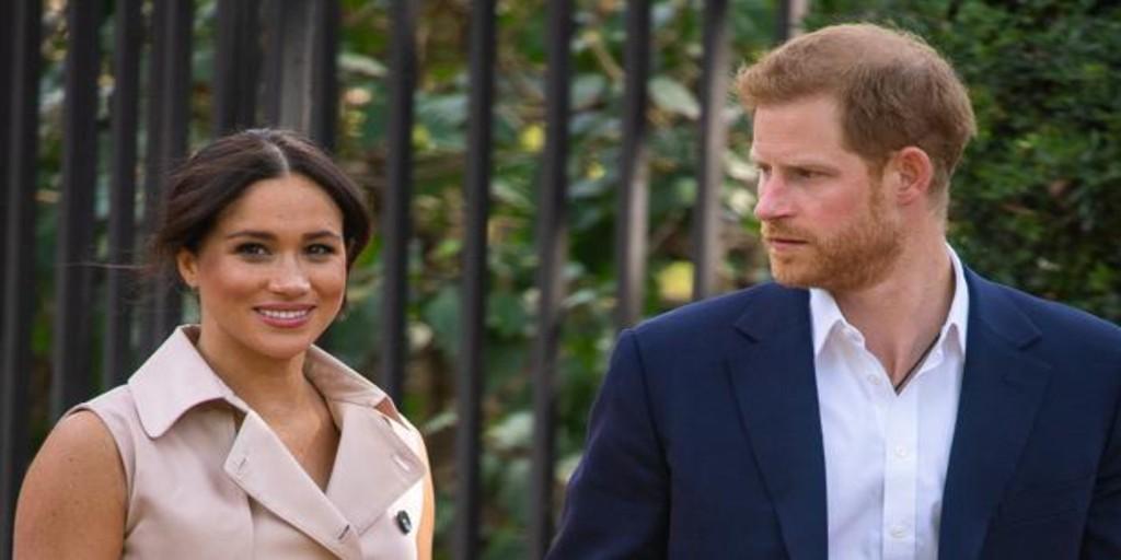 La Reina prohibe a Harry y Meghan usar la marca Sussex Royal