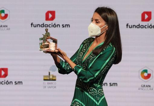 Queen Letizia during the delivery of the 43rd edition of the SM Awards & # 039; El Barco de Vapor & # 039;  and 'Wide Angle'