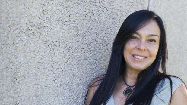 Pía Battaglia, autora de «El libro de las afirmaciones sexontológicas»