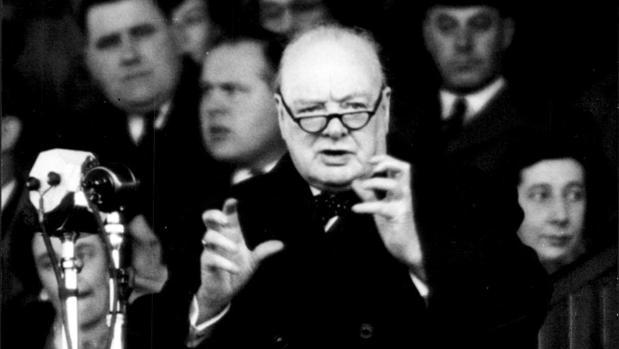 Churchill, durante un discurso en Cardiff en 1950
