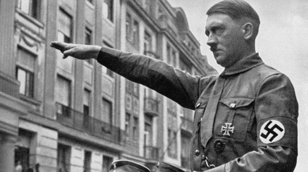 Adolf Hitler,