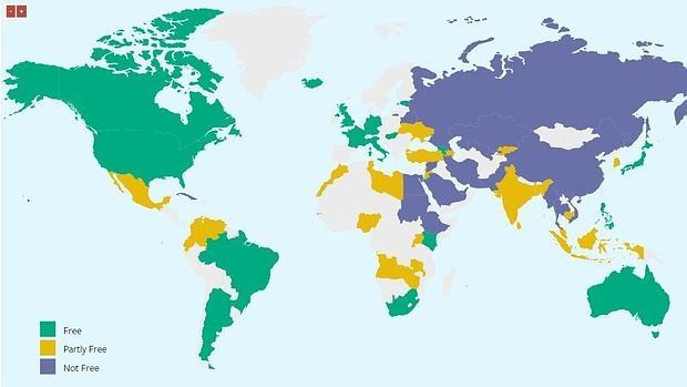 Mapa de la libertad en Internet por países: en verde, los libres, amarillos los parcialmente libres y los que están en morado, no libres