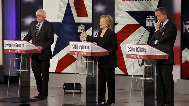 Los tres candidatos en el debate demócrata