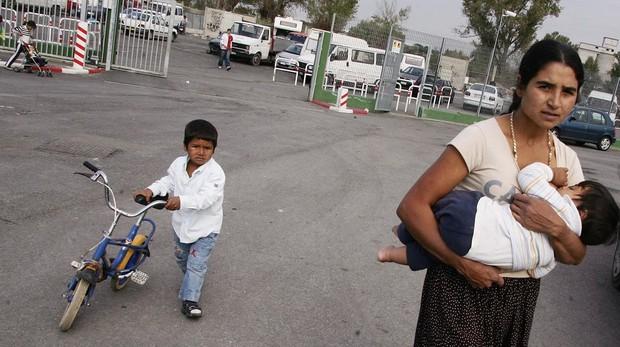 Entre las 150 personas desalojadas hay un gran número de menores