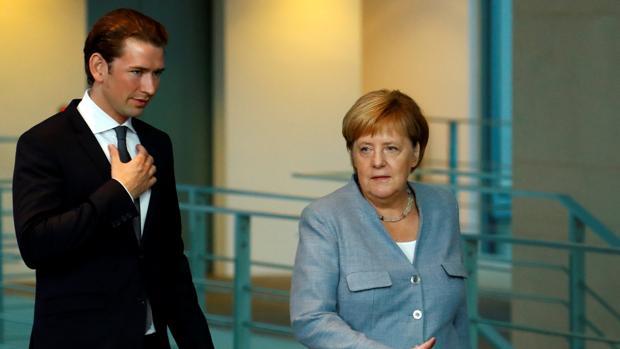 Sebastian Kurz y Angela Merkel dan un discurso en conjunto en Berlín