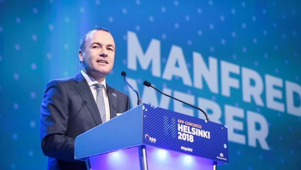El alemán Manfred Weber pronuncia su discurso durante la reunión del Partido Popular Europea en Helsinki
