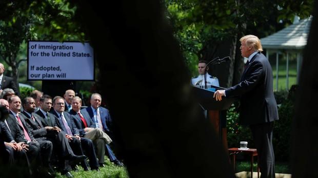 El presidente Donald Trump, ayer durante la rueda de prensa en la Casa Blanca