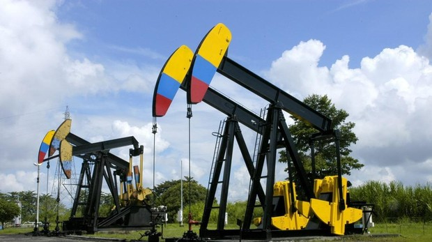 Colombia desbanca a Venezuela en producción de petróleo y le gana terreno  en exportación de crudo