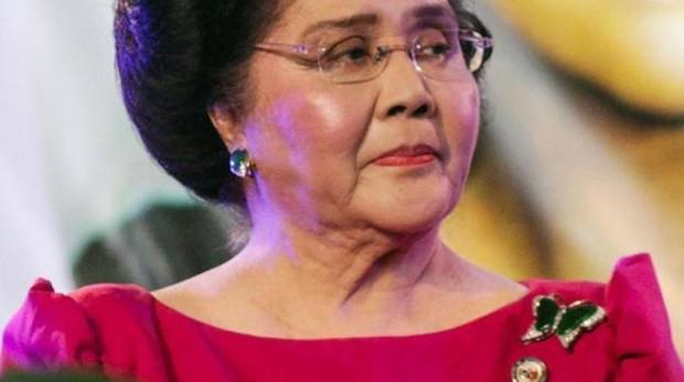La ex primera dama Imelda Marcos celebra su cumpleaños número 90