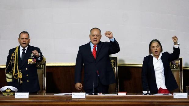 Cabello: «EE.UU. podría invadir Venezuela, su problema será salir»
