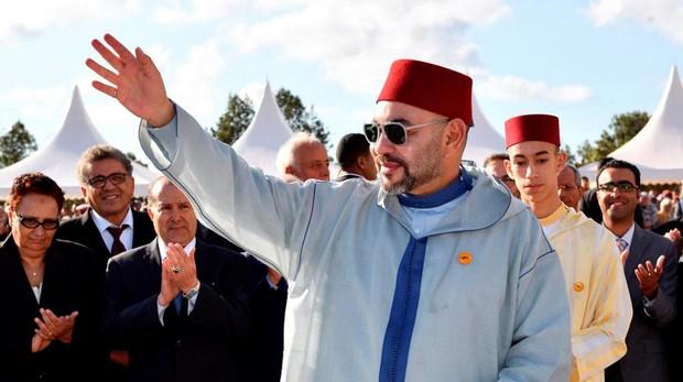 El Rey Mohamed VI durante un desfile en Rabat