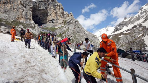 El 99% de los turistas de la Cachemira india la abandonan tras el aviso de posibles ataques terroristas