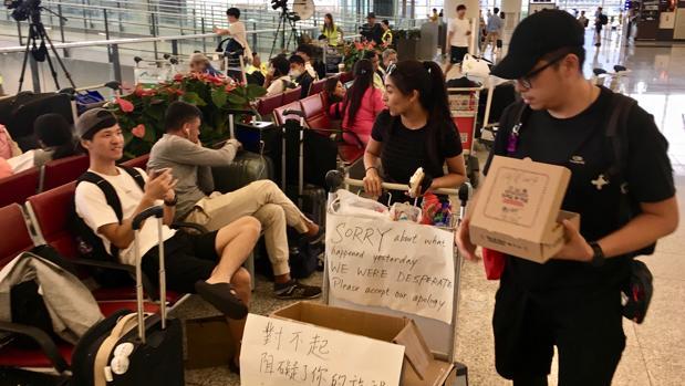 Hong Kong prefiere perder sus vuelos a perder la libertad