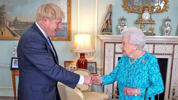 Boris Johnson en el Palacio de Buckingham
