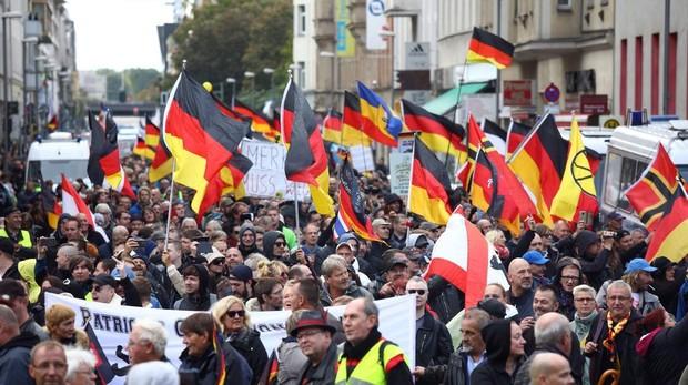 Un momento de la manifestación ultra celebrada hoy en el centro de Berlín