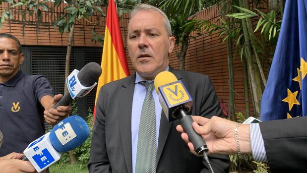El secretario general de Inmigración y Emigración del Gobierno español, Agustín Torres, en Caracas