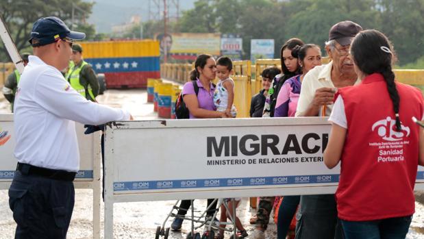 Colombia cierra sus fronteras y expulsa a infiltrados extranjeros ante el paro nacional de este jueves