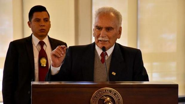 La Fiscalía de Bolivia investiga al presidente del Banco Central por presunta salida de camiones con dinero