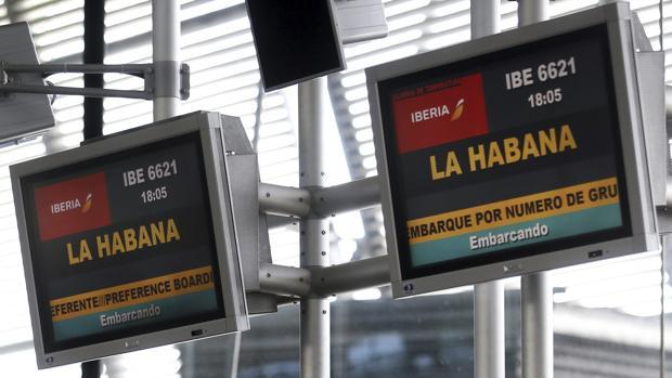 Ciudadanos cubanos regulados con prohibiciones de viajar iniciarán una protesta pública
