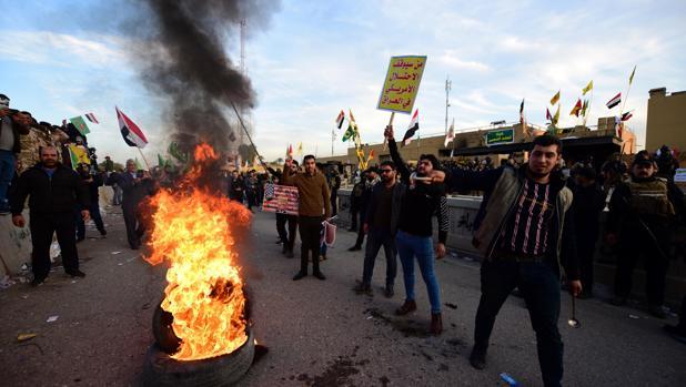 El asalto a la embajada de EE.UU. en Bagdad dispara la tensión con Irán