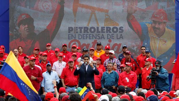 Rusia obliga a Maduro a ceder el control del petróleo de Venezuela