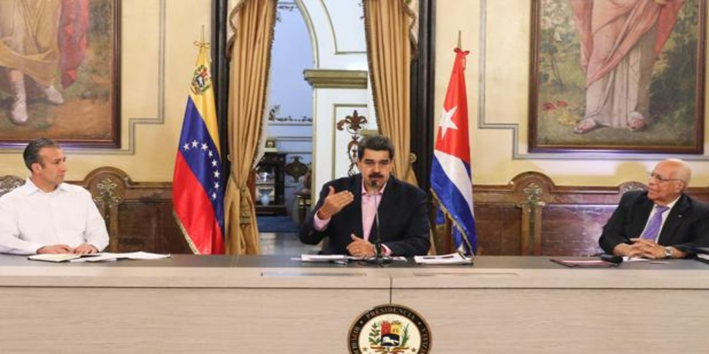 Maduro incorpora al embajador de Cuba en su Consejo de Ministros