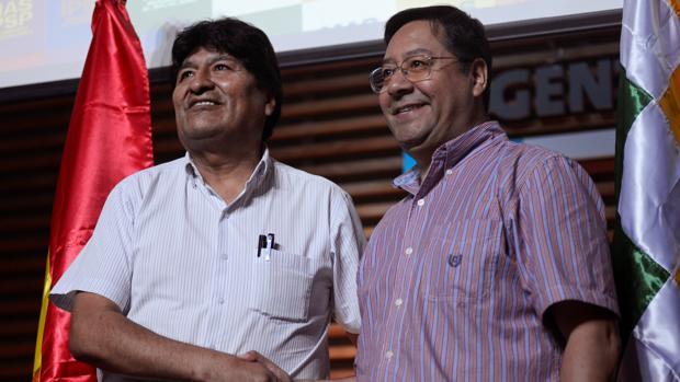 Evo Morales planea junto a sus abogados su candidatura como legislador en Bolivia