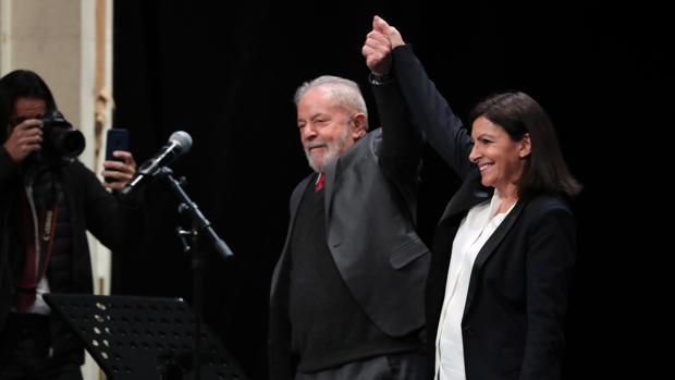 Anne Hidalgo lleva a Lula da Silva a París para hacer campaña municipal