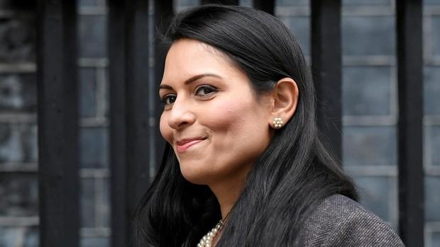 La ministra británica del Interior, investigada por acosar a sus subordinados