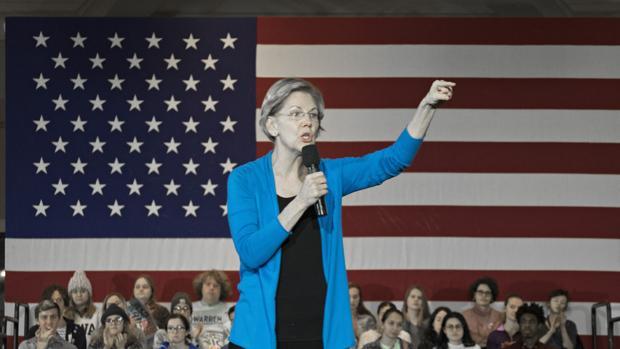Elizabeth Warren abandona las primarias demócratas tras sus malos resultados en el Supermartes